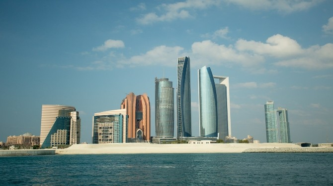 How Business Consultants helps you Setting Up Business in Dubai Freezones ?