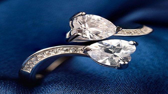 Useful Tips  to Clean Dirty Silver Jewelry
